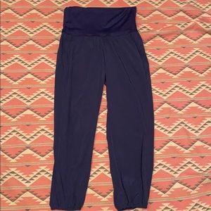 Lululemon OM pants Size 6